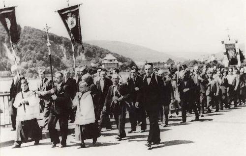 Wallfahrt in den 50iger Jahren mit damaligen Prozessionsführer Karl Kress